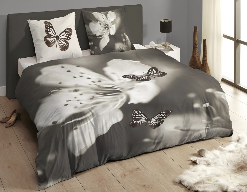 Descanso Luxusné saténové obliečky DESCANSO 9269 Rythm 3D motýľ - 200x200-220 / 60x70 cm