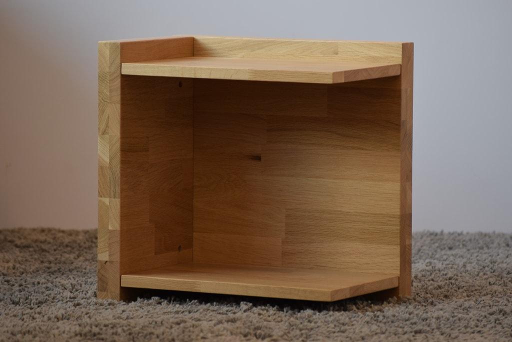 Oak´s Noční stolek Svenborg dub cink, přírodní moření